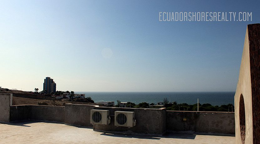 RO-Suites-terrace