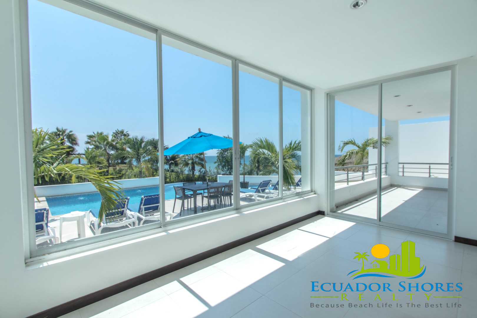 Large 3 bedroom with ocean views Manta Ecuador