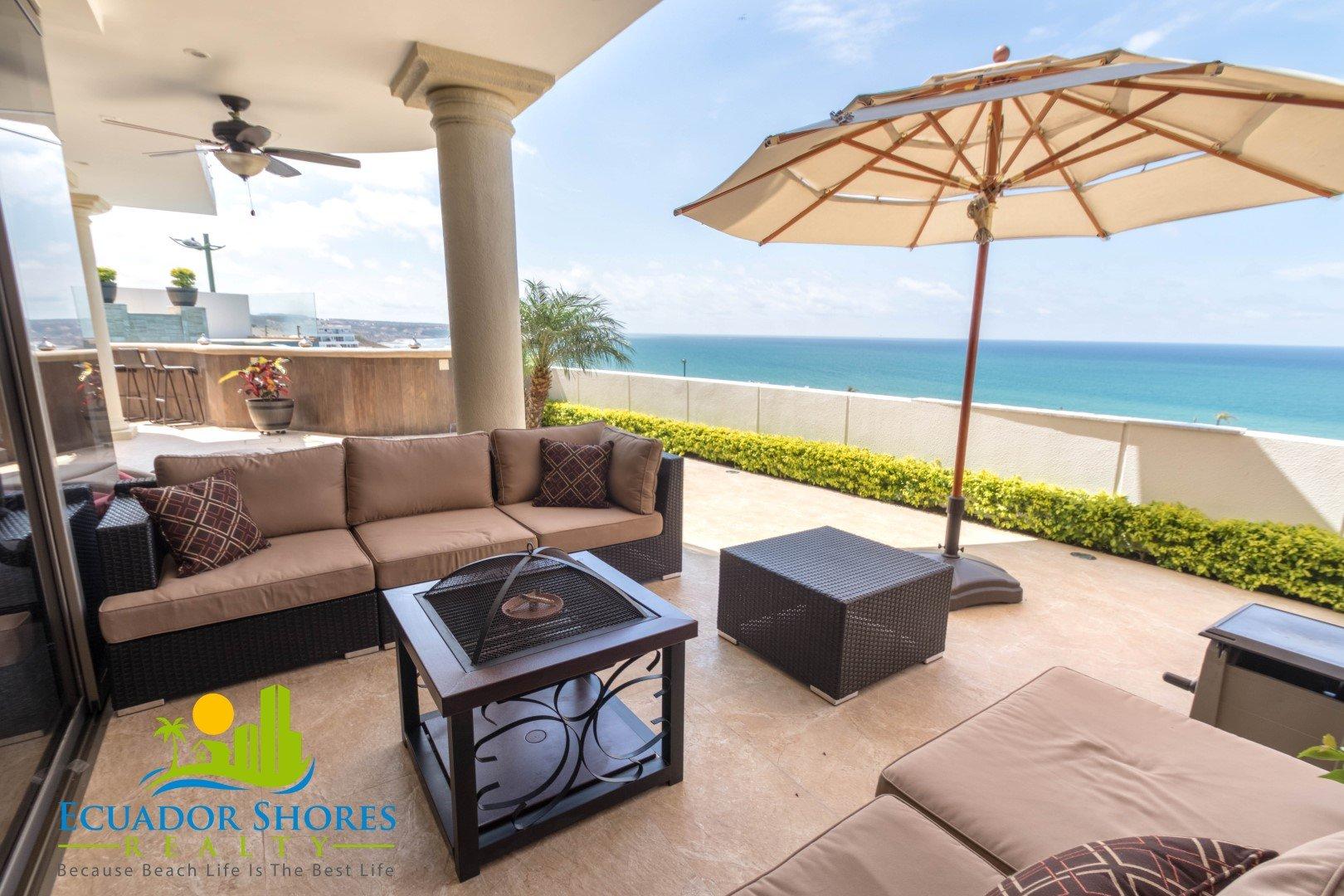 Gorgeous custom pool home overlooking ocean! Manta Ecuador Real Estate