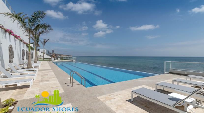 Manta Ecudor Ibiza beach front condpo for sale 10